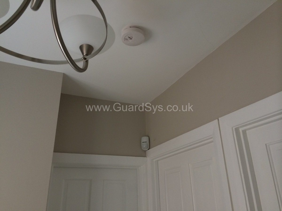 Intruder alarm with Smoke detector
